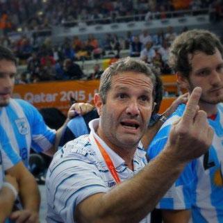 Eduardo Gallardo, der charismatische Trainer der argentinischen Nationalmannschaft hat viel vor und einige Tipps für uns parat