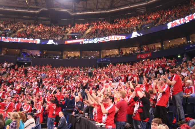 Die Rote Wand beim Final Four 2012 der Red Devils