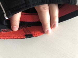 Rehband und TSM Knieschoner sind Unterschiedlich, was sich am Latex und Baumwollbezug Unterschied zeigt.